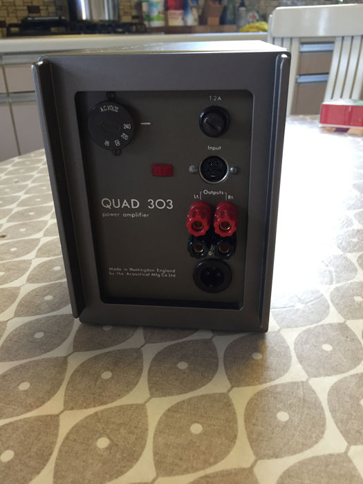 Beautiful HiFi Set of QUAD FM3 tuner 33 preamp and 303 power amplifier -  Catawiki
