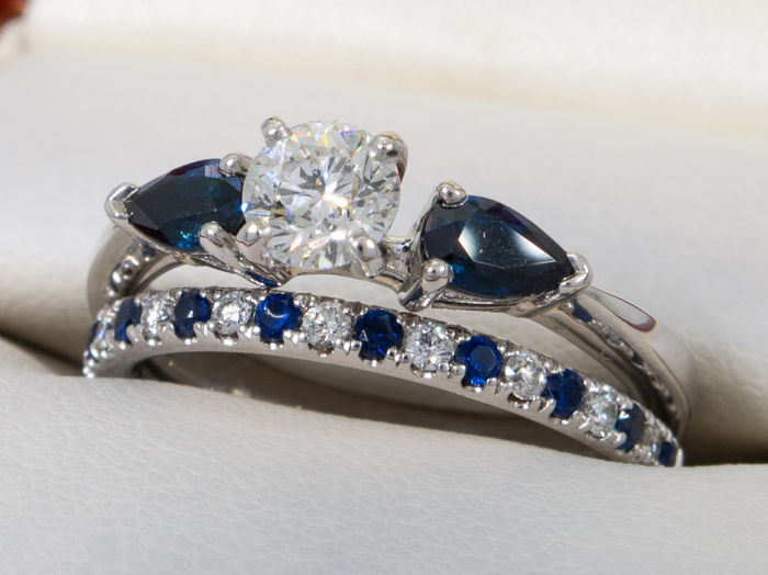 GIA - 0.41 ct. / H color / IF / Internally Flawless solitare diamond / Sapphire ring set - No reserve.