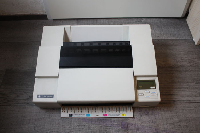Apple Color Printer - Model M9500 - Apple's first color inkjet printer - A3 format