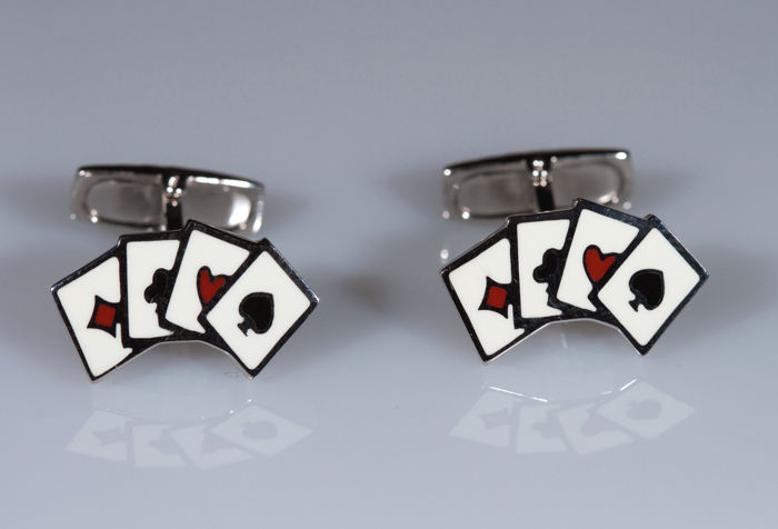 Cufflinks in 18 kt white gold with coloured enamel shaped like poker cards