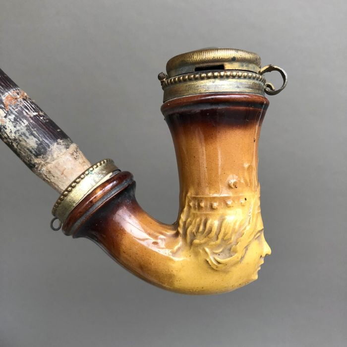 Figural tobacco pipe by Partsch, Theresienfeld - klei