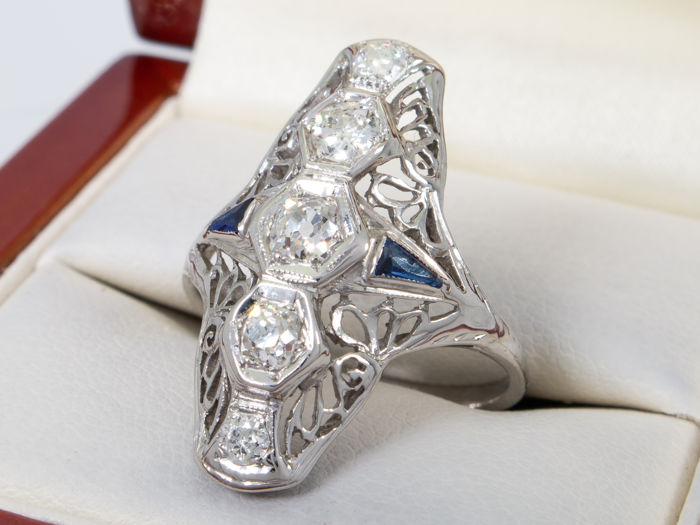 0.78 ct - five diamonds & two sapphires in white gold - 14K gold - No Reserveprice