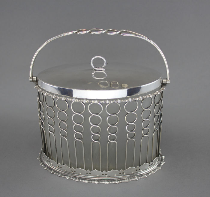 A Victorian Scottish Silver and Frosted Glass Sugar Jar - .925 silver - Mackay & Chisholm, for sale