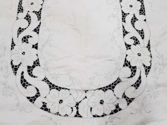 European Crochet cut work table cloth - Europe - Tablecloth - Collection of 000 - Cotton