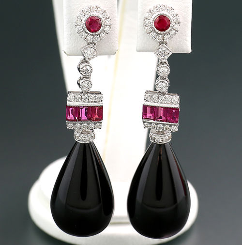 A pair of exclusive drop earrings with onyx, rubies and diamonds, in 750 white gold - no reserve