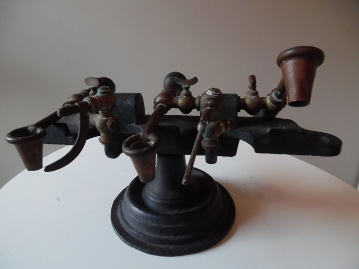 Unknown - antique industrial object - copper - iron
