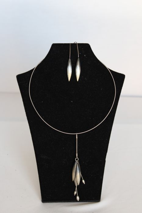 Set of necklace and matching earrings in 925/1000 silver, Poland, second half of 20th century