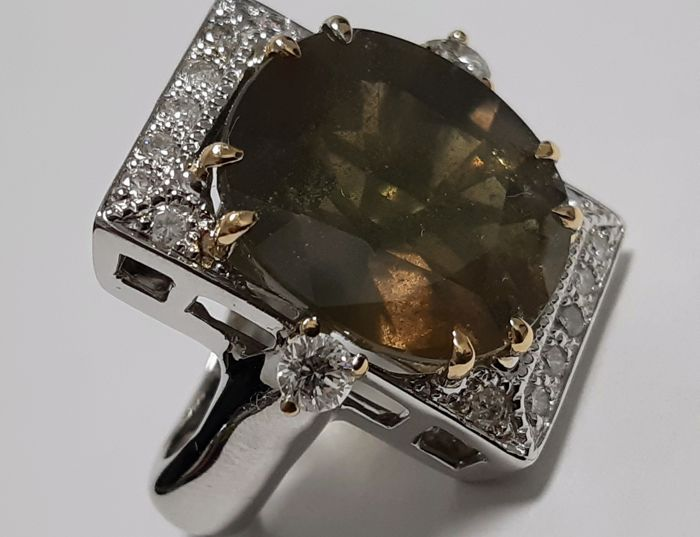 Ring - Gold - Natural (untreated) - 23.78 ct - Sapphire and Diamond