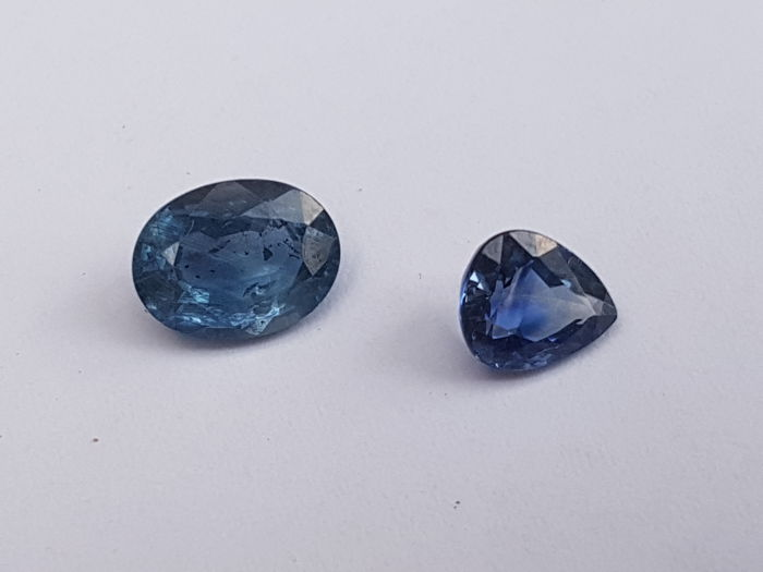 Sapphire - 2 ct  total  -2 pieces