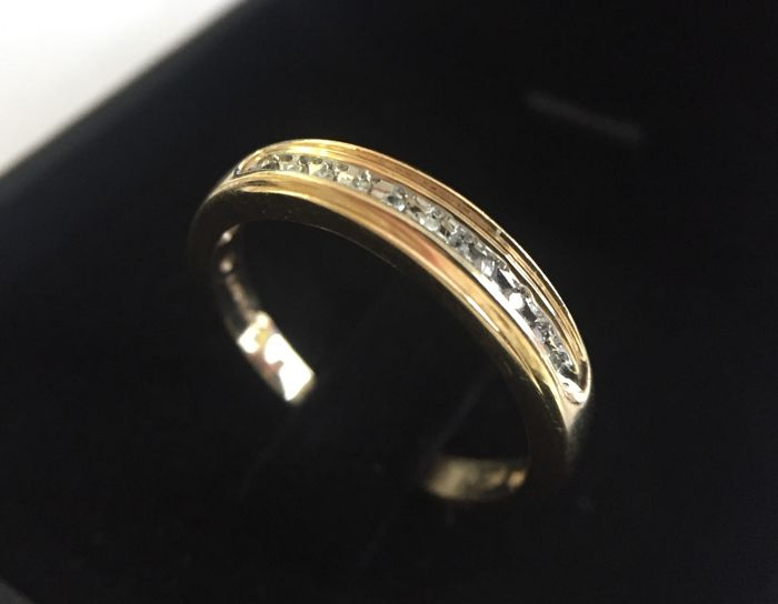14K yellow gold diamonds ring - 11 stones, diameter: 1.3mm