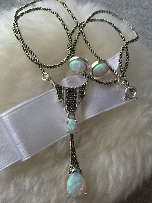 Vintage silver necklace and earrings with opal and marcasites, 925.