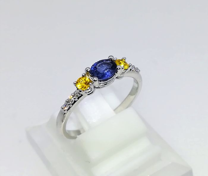 Ring - White gold - Commonly treated - 1 ct - Sapphire and Diamond