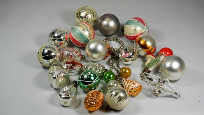 Old Christmas Decorations.Collection Of Old Christmas Decorations Glass Catawiki