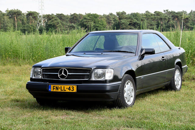 Mercedes-Benz - 230 CE Coupe W 124  - 1991