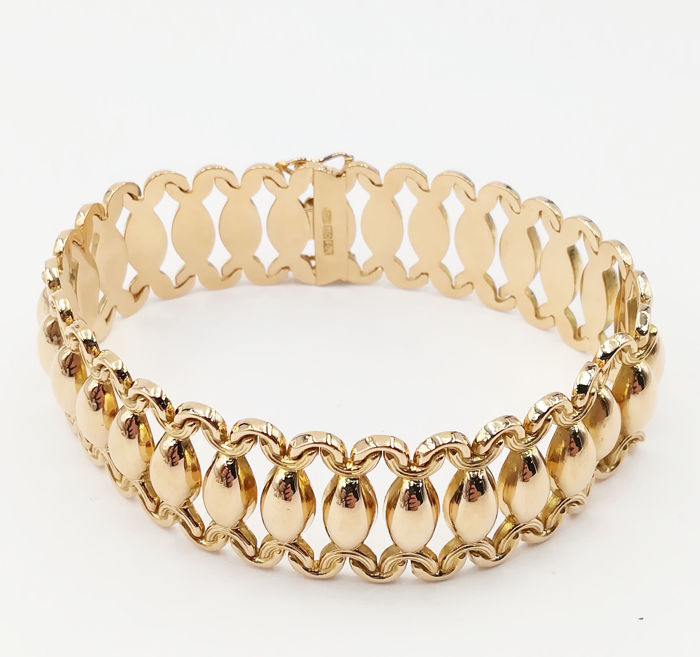 Bracelet, Worked Band Pattern - Gold