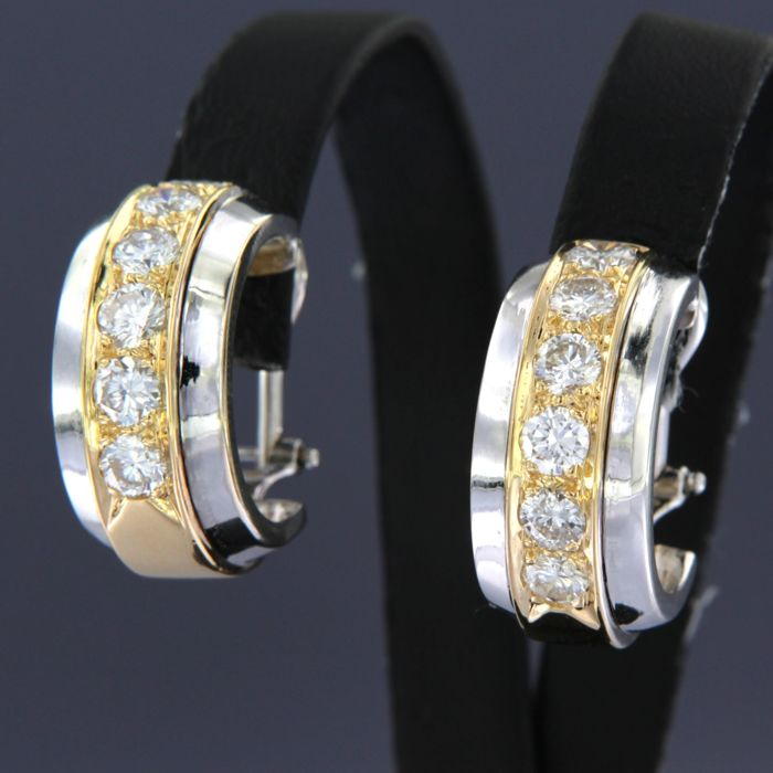 Earrings - Gold, White gold - 2 ct - Diamond