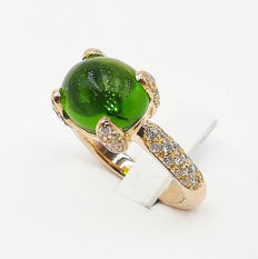 Ring in 18 kt rose gold with peridot and diamonds for 0.81 ct - weight: 9 g