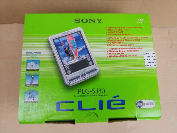 Sony Clié PEG-SJ30 in original packaging and complete set of accessories
