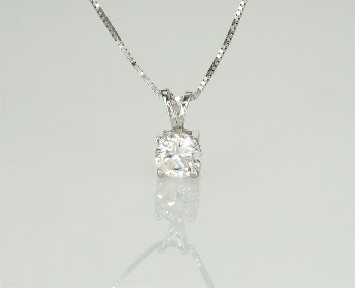 """14"" Karat white Gold Necklace with Solitaire Diamond Pendant 0.50ct.  F SI2 - No Reserve Price"