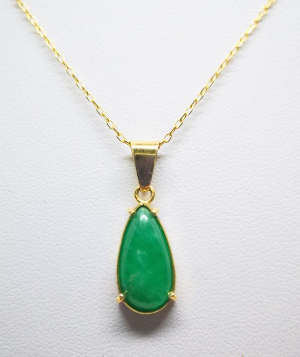 Necklace with pendant in yellow gold of 18 kt - emerald