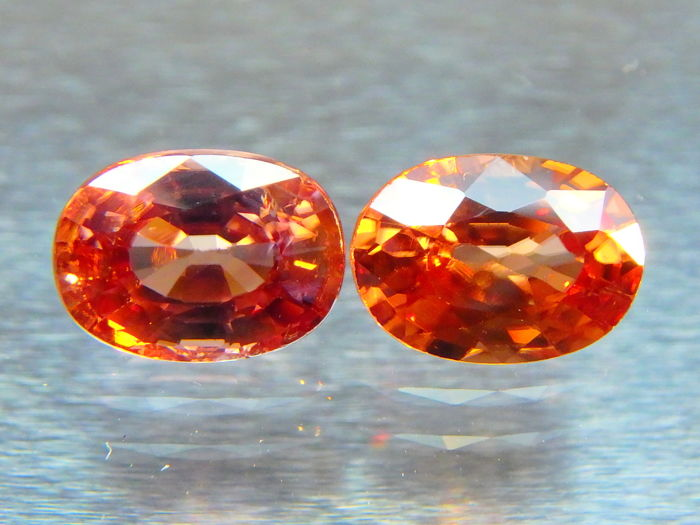 Zircon pair - Pink / Peach - 1.51 + 1.34 ct = 2.85 cts total