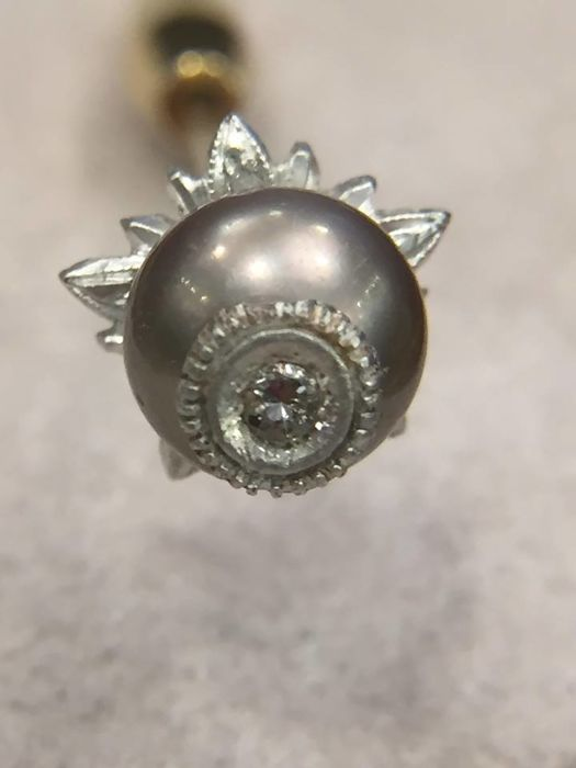 Extremely rare tie pin with pearl and diamond