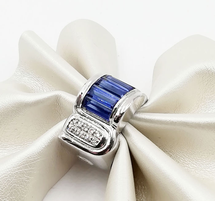 Ring - White gold - 0.1 ct - Diamond and Sapphire