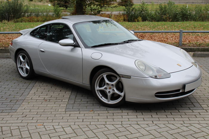 Porsche - 911 Carrera Coupé 3.4 300PS Tiptronic - 1998