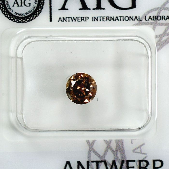 Diamond - 0.75 ct - Brilliant - Cognac - I1