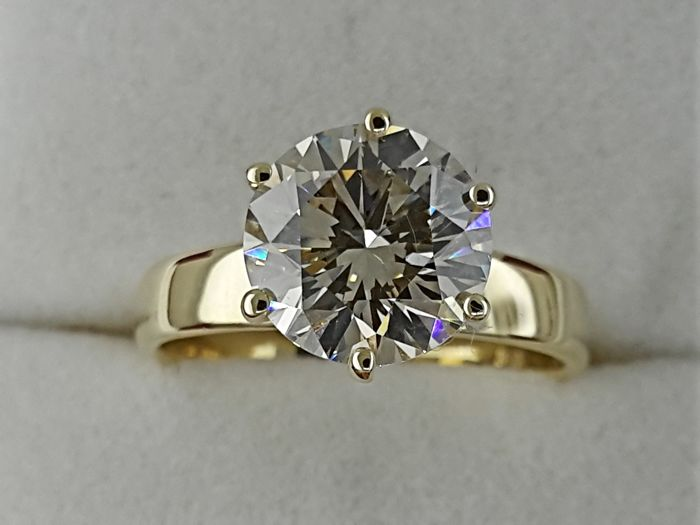 Ring - Gold - Commonly treated - 2.77 ct - Diamond