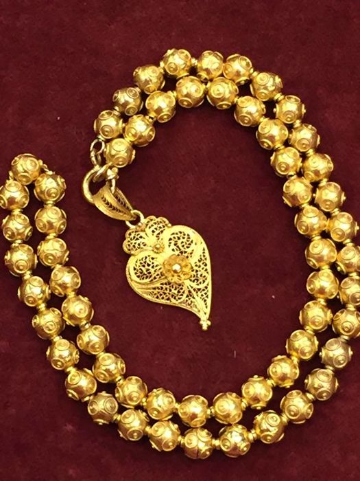Bead necklace and 19.2_(800) gold heart of Portuguese Filigree