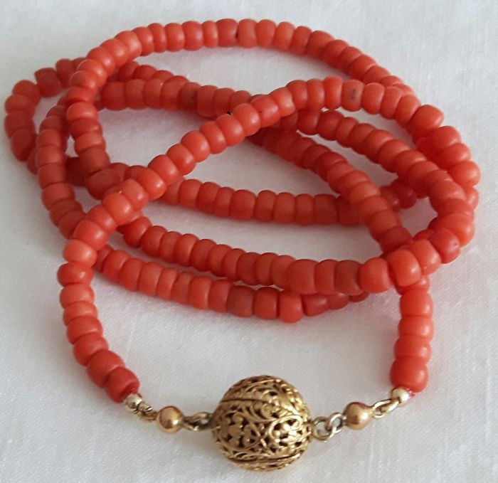 Necklace - Gold - Natural (untreated) - Blood coral