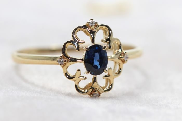Anillo - Oro - 0.2 ct - Zafiro y Diamante