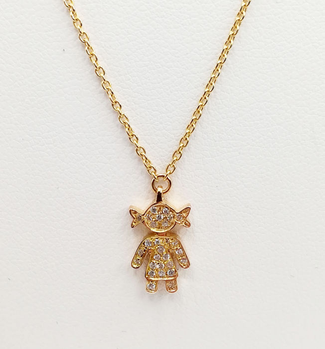 Chain in 18 kt yellow gold with 'little girl' pendant studded with brilliant cut diamonds, colour G VS, totalling 0.125 Necklace length 41.00 cm Pendant 1.50 cm