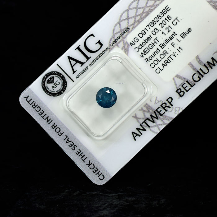 Fancy intense blue (treated colour) - 1.21 ct