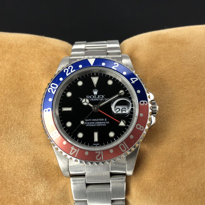 Rolex - GMT-Master II Pepsi Swiss Only Dial - 16710 - Unisex - 1990-1999