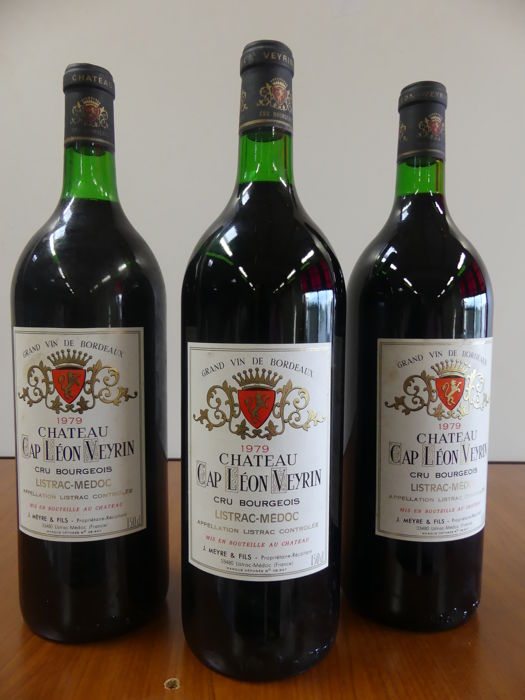 1979 Chateau Cap Leon Veyrin - Listrac Medoc - Cru Bourgeois - 3 Magnums of 150 cl
