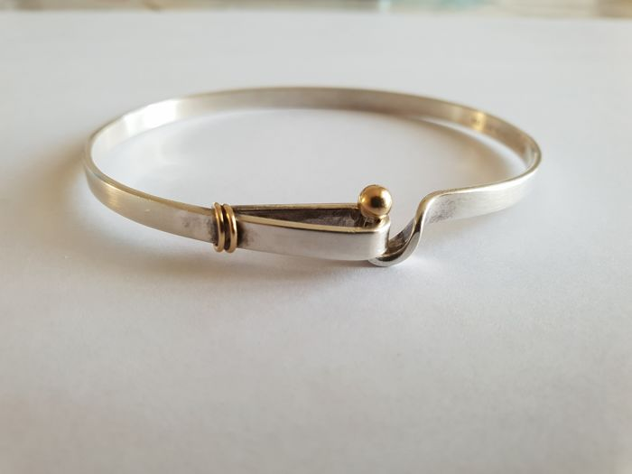 1428d4858ed85 ... tiffany co bracelet in solid 925 silver and 18 kt 750 yellow gold 6 5  cm ...