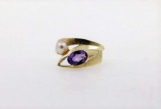 14 kt. Gold, Saltwater pearls - Ring - 2.00 ct Amethyst - Pearl