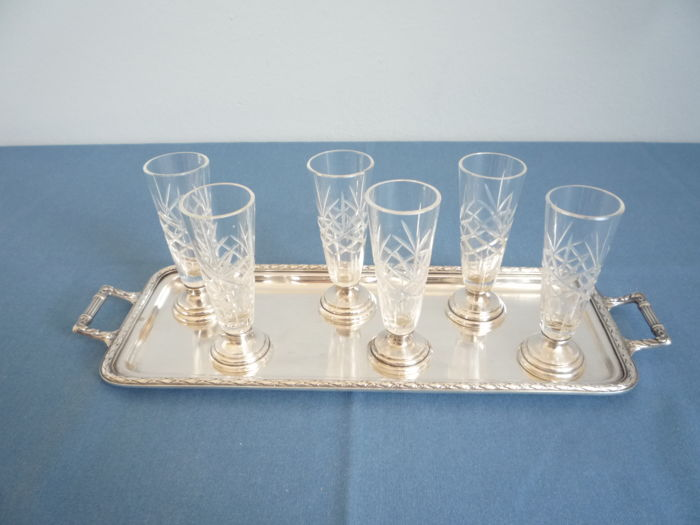 Tray with six crystal cut glasses - Silver plated with crystal - France - 1950-1999