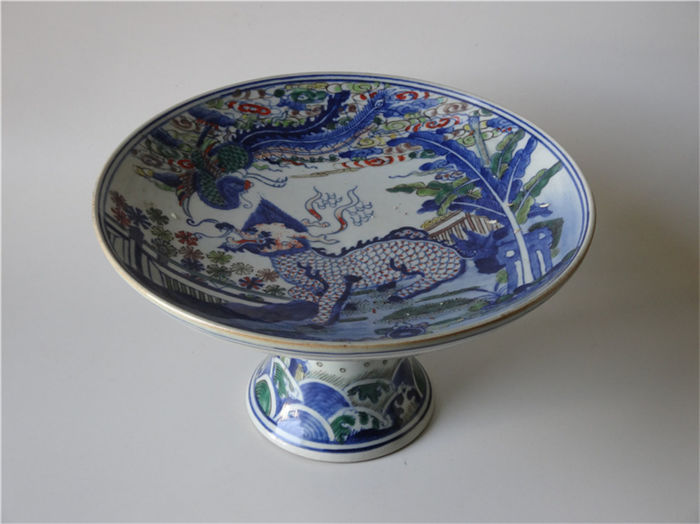 Footed  fruit bowl - China - late 20th / 21st c