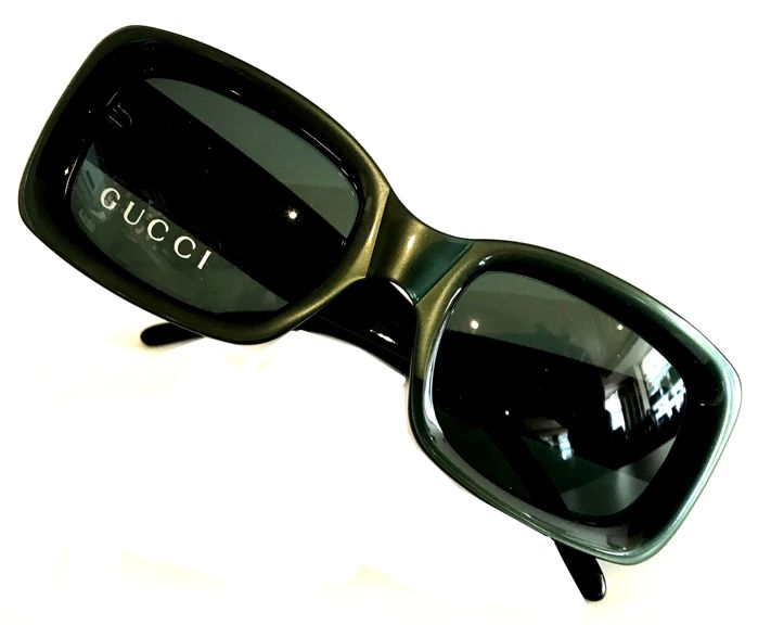 19ce43f692d59 Gucci - GG 2407 S 4BJ Sunglasses - Catawiki