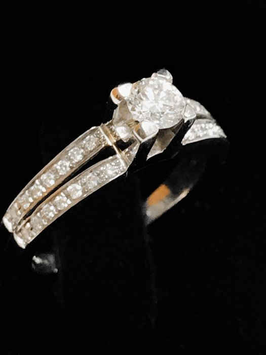 14 kt. White gold - Ring - 0.36 ct Diamond - Diamond
