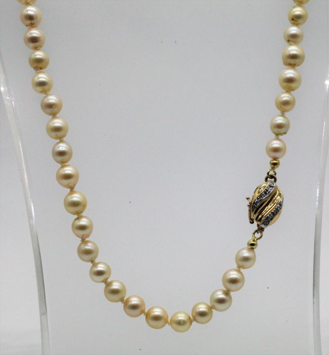 14 kt. - Necklace, Pearl necklace saltwater cultured pearls - 0.15 ct Diamond