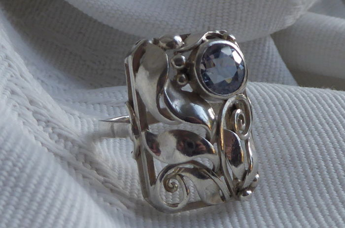 Anillo Art Nouveau - Plata - 1.65 ct - Topacio