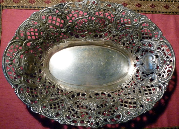 Bread Basket - Silver plated - Germany - 1850-1899