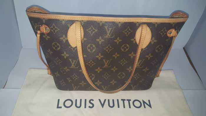 Louis Vuitton - Neverfull PM Axelremsväska