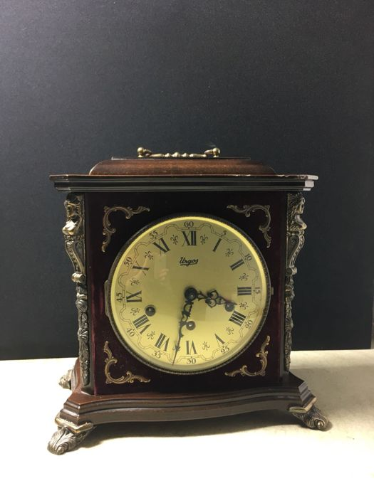 Carriage Clock - Erven J. Hammink - Wood, Nuts - 20th century