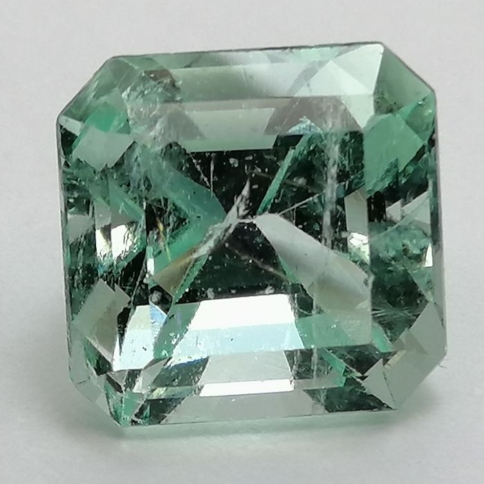 Esmeralda Colombiana - 6.26 ct
