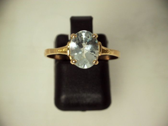 Ring - Gold - 2 ct - Aquamarine